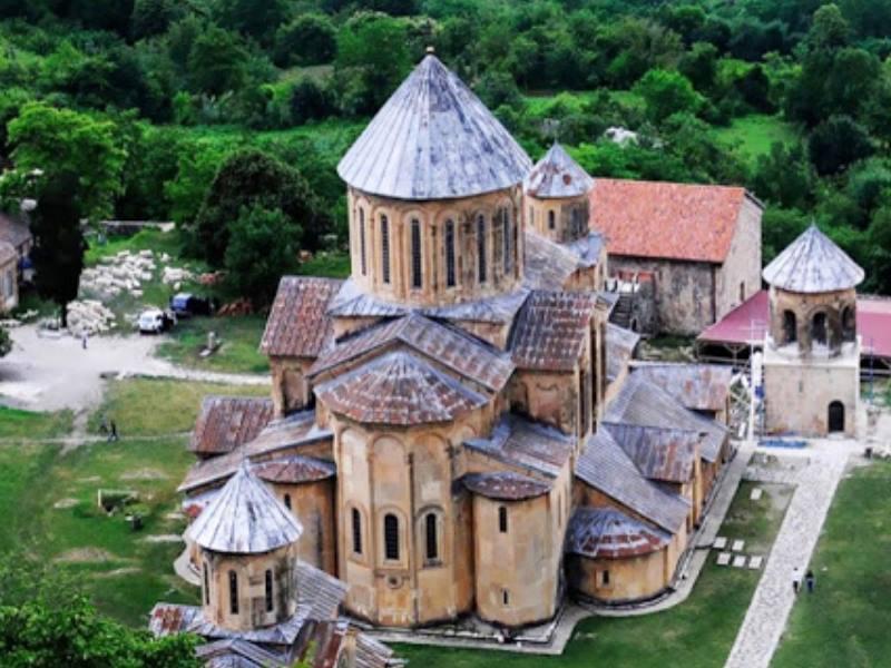 монастырь с высоты