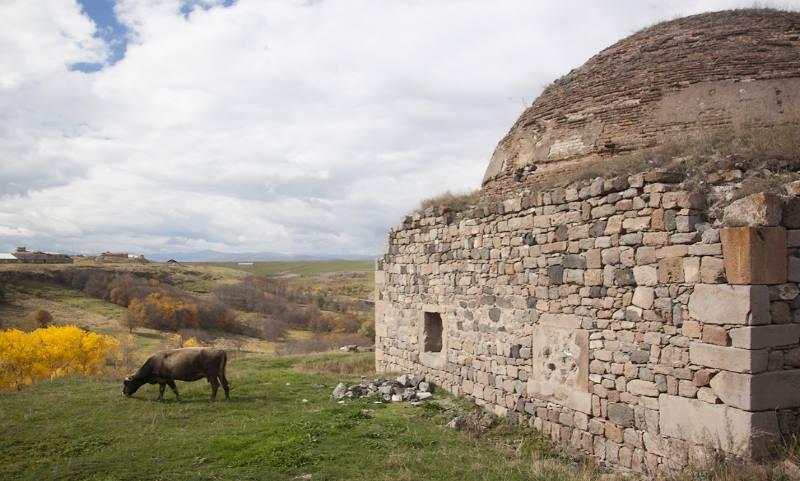 располагаются памятники грузинской культуры